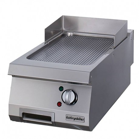 Pro 900 GRILL SIMPLE ELECTRIQUE NERVURE  A POSER